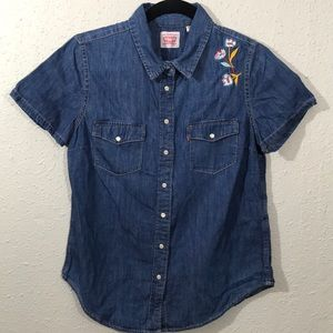 Levis S/S Embroidered Pearl Snap Denim Shirt